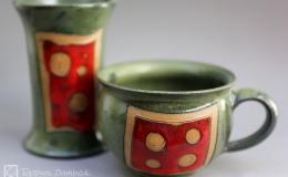 Töpferei Dambeck - Steinzeug grün-rot Tasse und Becher