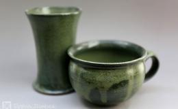 Töpferei Dambeck - Steinzeug grün Tasse und Becher