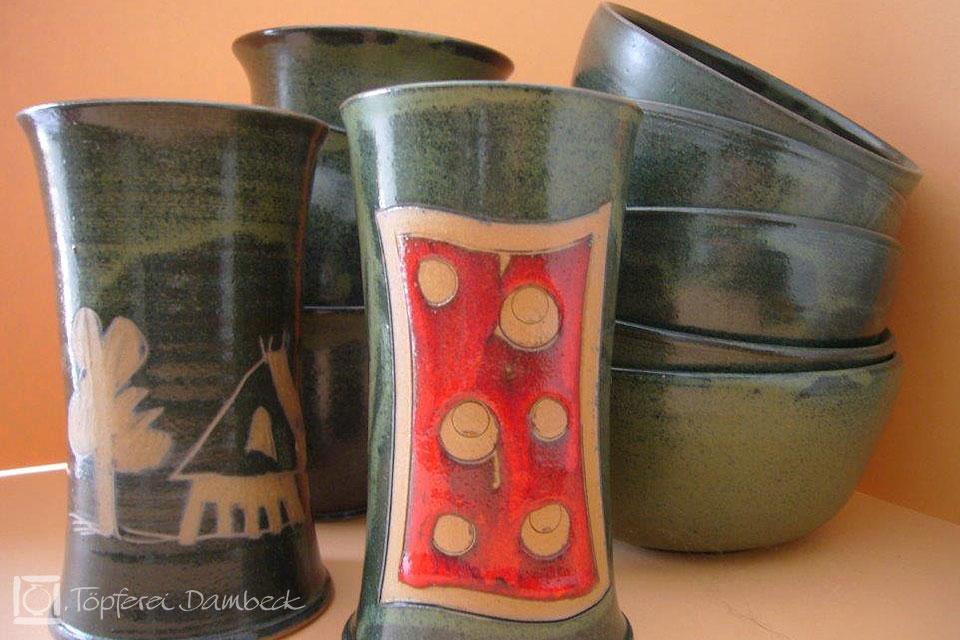 Töpferei Dambeck: Muster rot-grün