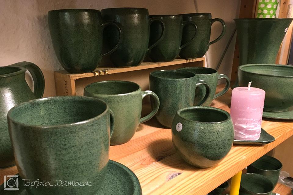 Die Tongrube:  Grüne Tassen