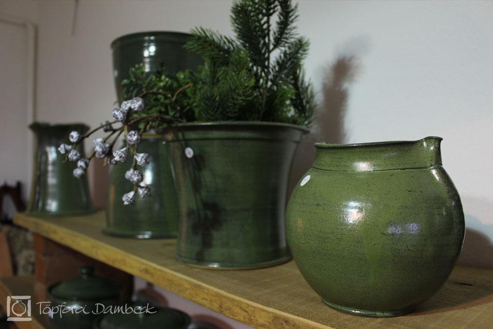 Grüne Keramik aus der Töpferei Dambeck